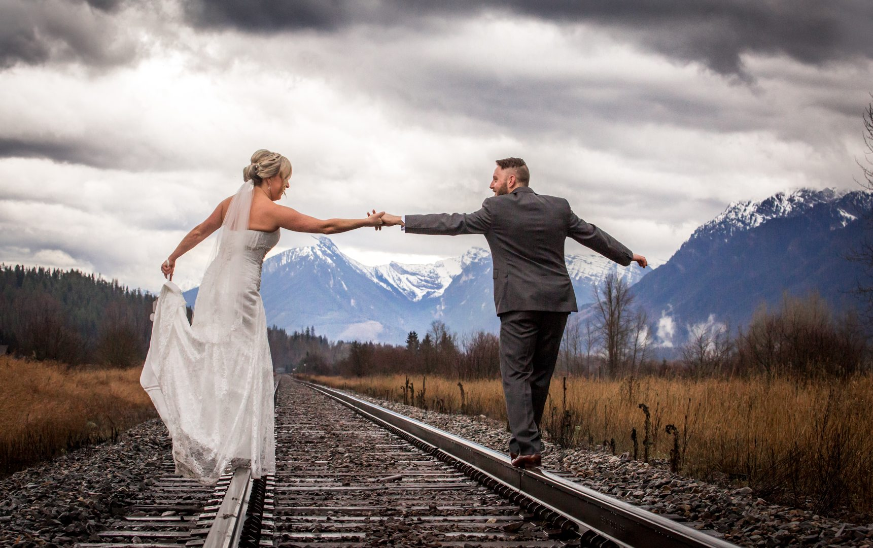 Elk View Lodge, Fernie Wedding